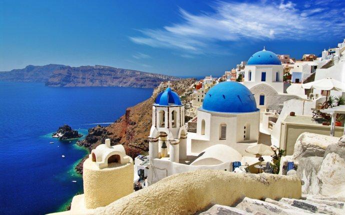 50 Stunning Photos of Santorini, Greece That Will Make You Wish