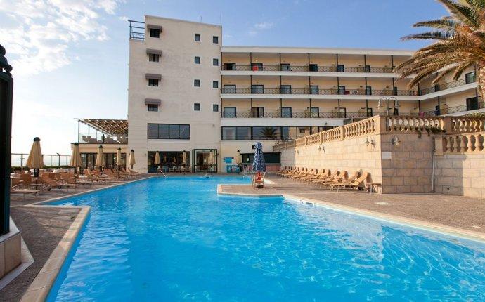Aquamarina Hotel: 2017 Room Prices, Deals & Reviews   Expedia