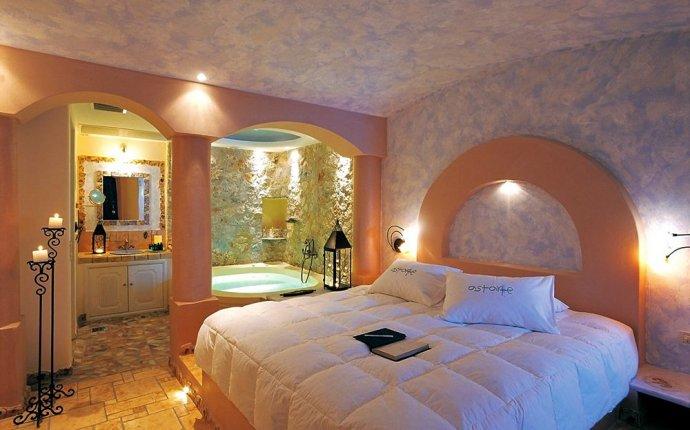 Astarte Suites (Santorini, GRC) | Hotwire