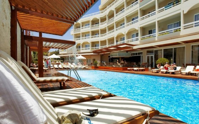 Athineon Hotel - Best hotels in Rhodes Town, Greece - Skiplagged