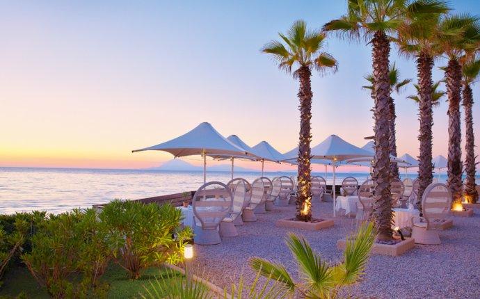 Cap Voyage Mediterranean Restaurant | Mandola Rosa Luxury Hotel