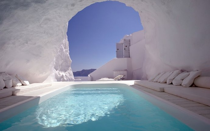 Greece Honeymoon Resorts, Katikies Hotel (3)