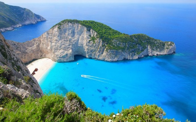 Greek Islands - Island Hopping Vacation in Greece | Travel + Leisure
