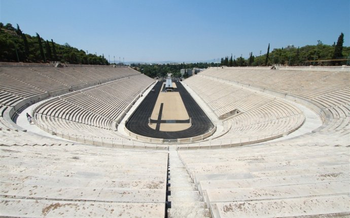 Hanging out in a Greek Olympic Stadium (a really old one) | DC