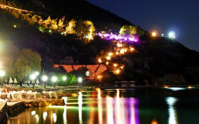 Hotel Poseidon Resort, Loutraki, Greece Photo from Pefkaki in