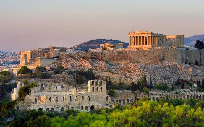 Learn About the Parthenon of Athens, Greece