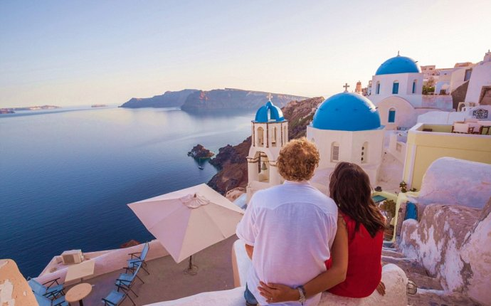 Pictures show blissful images of Greece, Thailand and China are