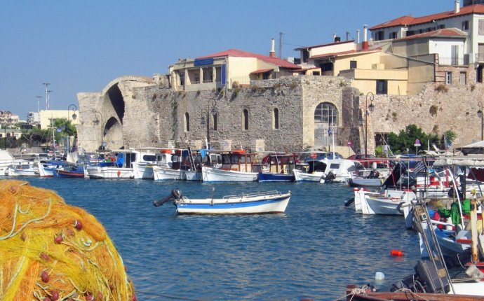 Roundtrip flights from Bristol (UK) to Heraklion (Greece) for only