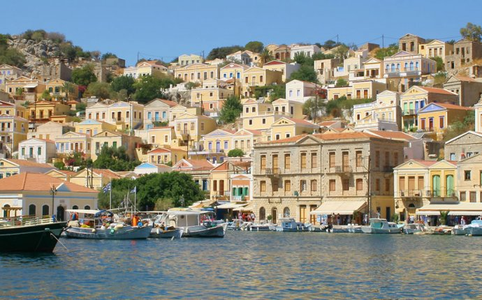 Simi island: Travel guide, Holiday planner - Greeka.com