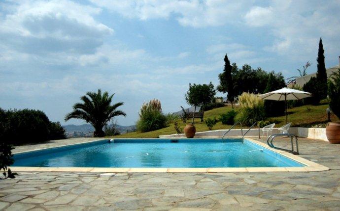 Villas in Greek Mainland - apartments to rent in Greek Mainland