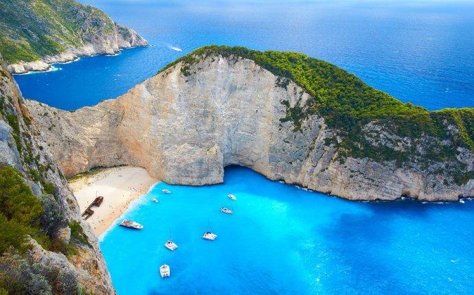 World s Best Romantic Islands | Travel + Leisure