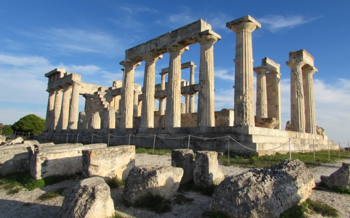 Best day Trips from Athens Greece