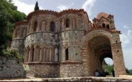 mystras-tourist-attractions