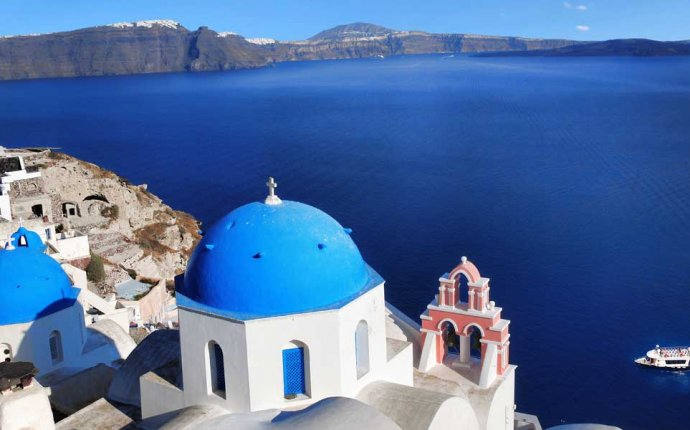 Holidays Packages to Santorini Greece